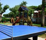 Campo da ping pong in campeggio