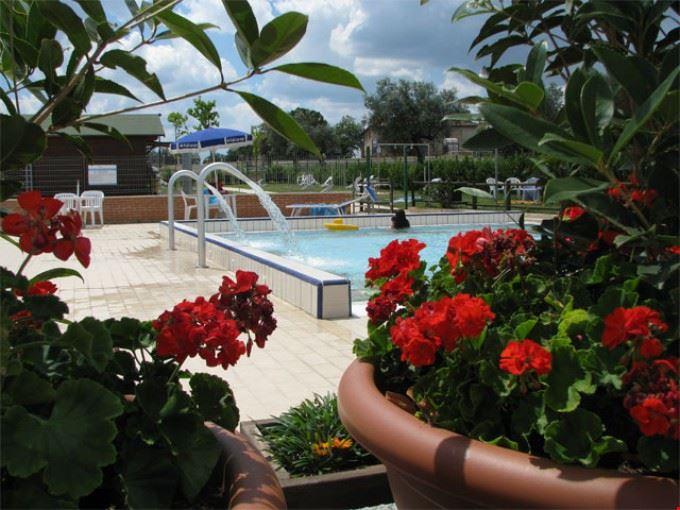 La piscina del campeggio