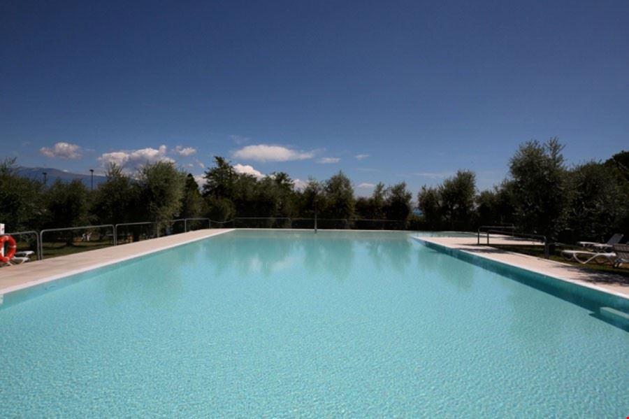 La piscina del Camping Villen Park Sanghen