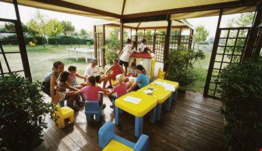 Camping Village con mini club