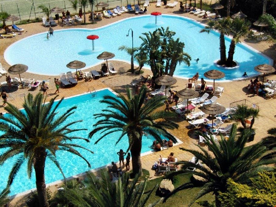 Camping Village con piscine