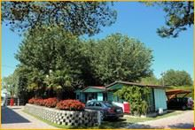 Camping Village con chalets