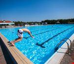 Camping Village con piscina olimpionica