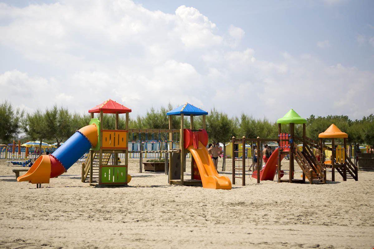 Parco giochi sulla spiaggia