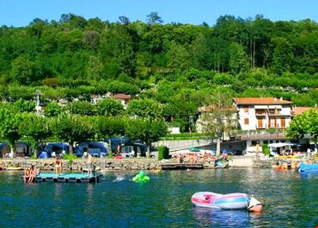 Camping sul lago in Piemonte