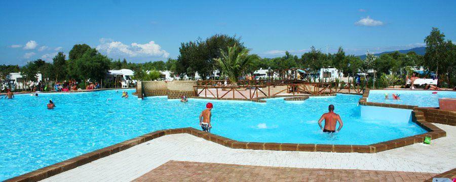 Camping Village con Piscina a Bibbona, Toscana