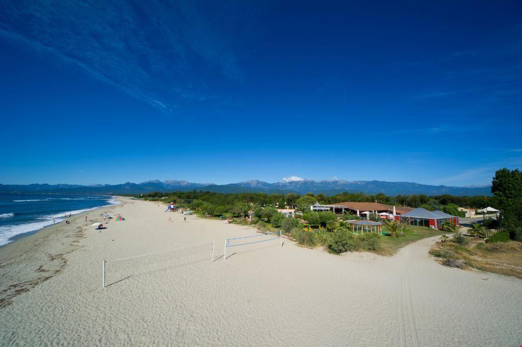 Spiaggia a Ghisonaccia, Corsica