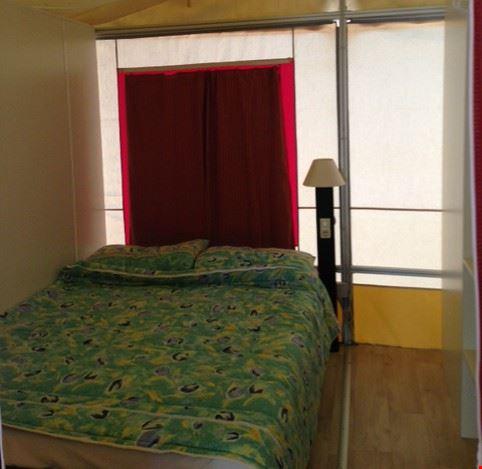 Camera da letto dell'Housing Tent