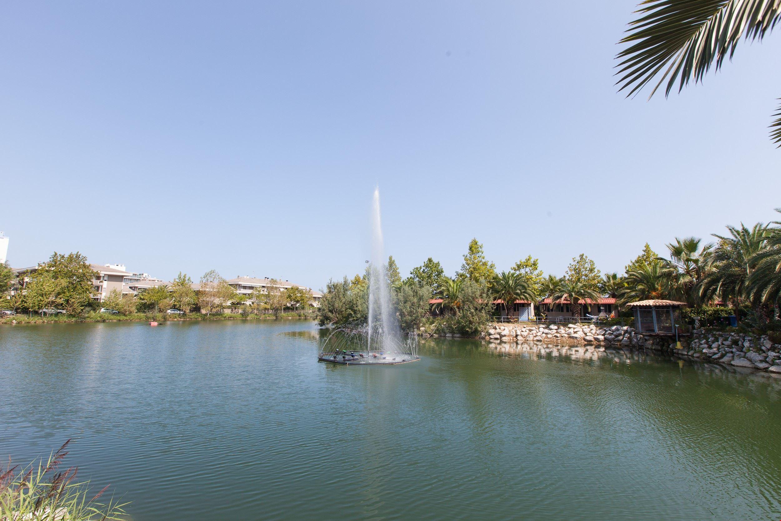 Fontana Lago