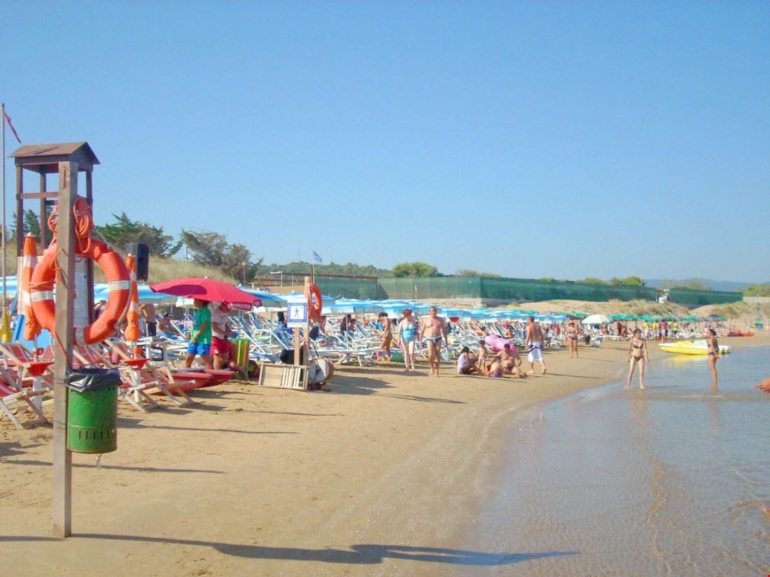 Camping Village con Spiaggia Privata sul Gargano