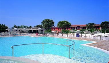 Camping Village con Piscina sul Lago di Garda
