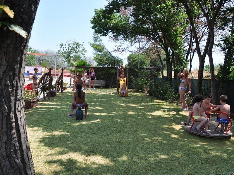 Campeggio con parco giochi