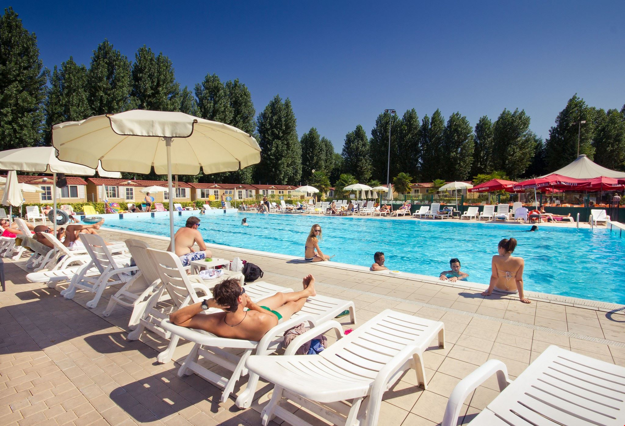 Piscina del camping Jolly