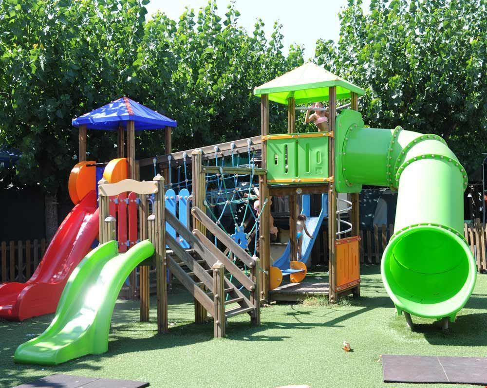 Parco giochi del camping Gemma a Fermo