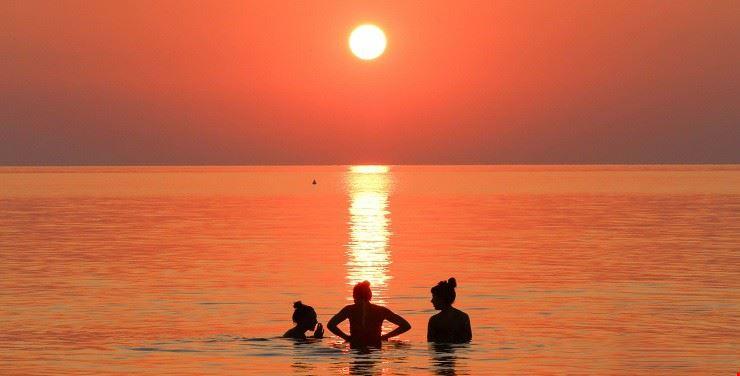 Tramonto in spiaggia, in Emilia Romagna
